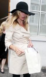 Kate+rainy+day+shopping+spree+u0reMVjEuncl